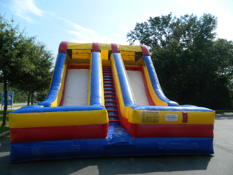 "18 Ft. ""The Accelerator"" Double Slide Rental"