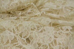 12x108 Ivory Lace Runner Rental