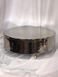 "20"" Round Silver Hammered Cake Plateau Rental"